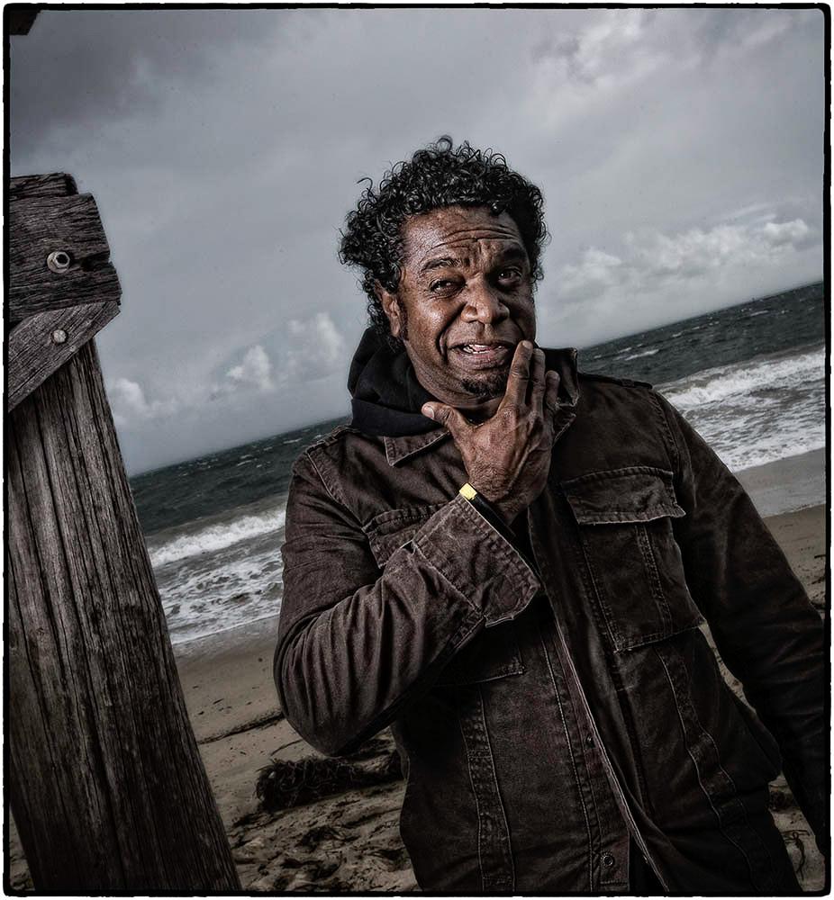 090716-SCOOP: Artist, Clifton Bieundurry in Fremantle.